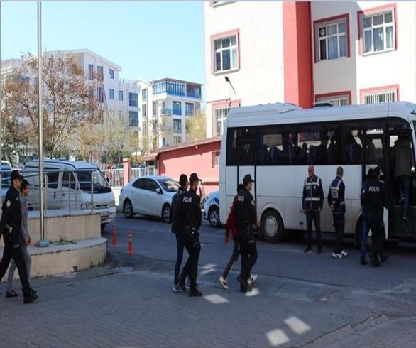 الأمن التركي يضبط 109 مهاجرين غير نظاميّن غربي البلاد