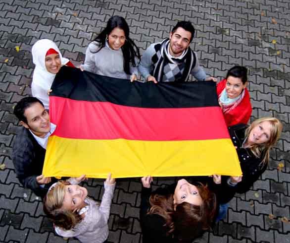 ألمانيا تقر قانوناً جديداً لاستقطاب المهاجرين.. تعرّف على الشروط!