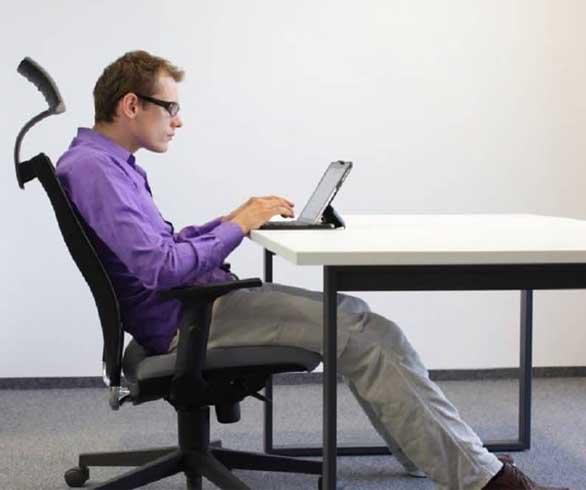 أول نموذجٍ لساعة تدق ناقوس الخطر عند الجلوس بشكل خاطئ