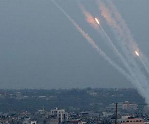 """فصيل """"سرايا القدس"""" يقول إنه استهدف قواعد عسكرية واستراتيجية بإسرائيل"""